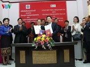 Vietnamese, Lao national radio boost cooperation