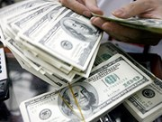 Greenback, gold prices soar as China devalues