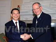 Hanoi, London foster financial cooperation