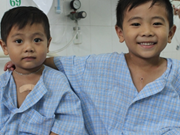 Binh Thuan: Needy kids receive free heart checks