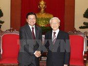 Party leader greets Lao foreign ministry's delegation