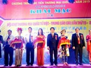 Vietnam-China international trade fair opens