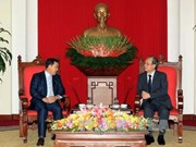 Party official welcomes Cambodian People's Party delegation