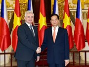 Czech Senate President highly values Vietnamese community