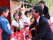 Canon Vietnam promotes 3R practice for environment protection