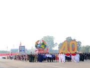 Laos observes 40th National Day with grand parade