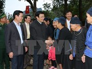President visits culture-tourism village in Ha Giang