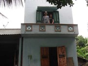 Phu Yen: poor families enjoy storm, flood resistant houses