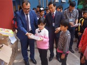 Hanoi orphans receive New Year gifts from Azerbaijani Embassy