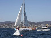 Vietnam's yacht sails to victory in Hobart