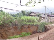 Repaired sinkhole in Bac Kan sinks again