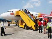 New flight path to connect Hanoi, HCM City