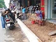 HCM City stops road repairs during Tet