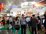 Vietnamese firms join Food & Hotel Asia 2016 exhibition