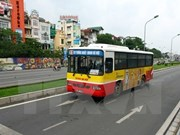 New bus route to connect Hanoi downtown and Noi Bai Airport