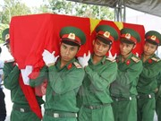 Volunteer soldiers' remains laid to rest in Kon Tum