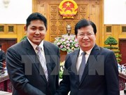 Vietnam pledges equal treatment to overseas investors: Deputy PM