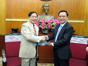 VFF leader welcomes Lao lawyer delegation