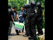 Indonesia arrests three suspected IS-linked militants