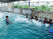 Long An equips children with underwater skills