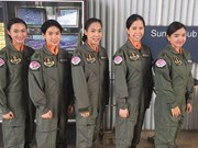Thai air force welcomes first five female pilot trainees