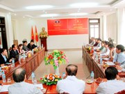 Quang Tri, Savannakhet boost trade union ties