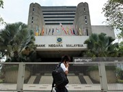 Malaysia lowers basic interest rate first time in seven years