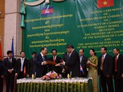 Vietnam, Cambodia to build model border market