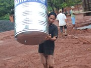 Water tanks provided to ethnic minority households in Binh Phuoc