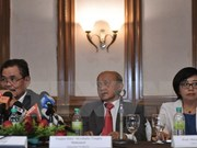 Philippine gov't resumes peace talks with MILF group