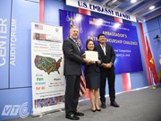 US Ambassador awards start-up projects in Vietnam
