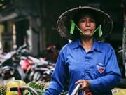 Street vendors in Hanoi
