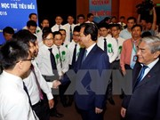 PM vows to support excellent young scientists