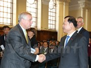 Vietnam, UK eye further bilateral trade ties