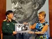 Vietnam, Cuba exchange press experience