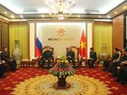 Deputy Defence Minister greets Russian senior officer