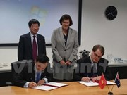 Vietnam, Australia boost science-technology links