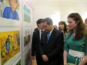 Exhibition displays children's paintings on Vietnam and Russia