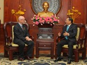 US Communist Party leader welcomed in HCM City