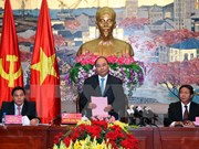 Prime Minister asks for faster, quality growth in Hai Phong