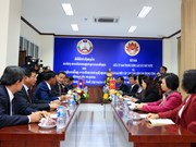 Vietnamese commission, Lao front keep close coordination