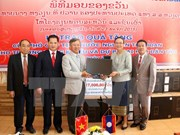 Vietnam helps Lao develop education