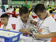 Vietnamese students win prizes at int'l Robothon competition