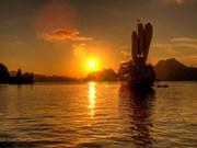 Ha Long among top nine sunset selfie spots in SE Asia