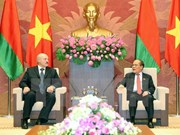 NA Chairman discusses ties with Belarusian President