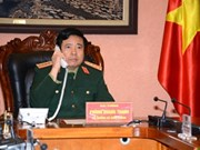Vietnamese, Chinese defence ministers hold phone talks