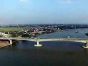 Deputy PM cuts ribbon to open 20m USD bridge in Nam Dinh