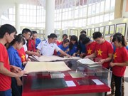 Exhibition on Hoang Sa, Truong Sa comes to border province