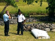 Suspected MH370 plane wreckage found in Thailand