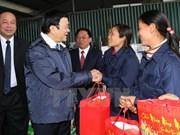 President pays pre-Tet visits to Hung Yen, Ha Nam